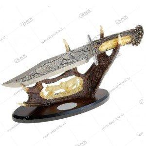 Cувенирная подставка с ножом охотника