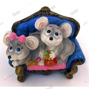Копилка Мышь на диване 13см-15см цвета разные